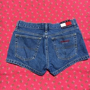 vtg large tommy logo shorts